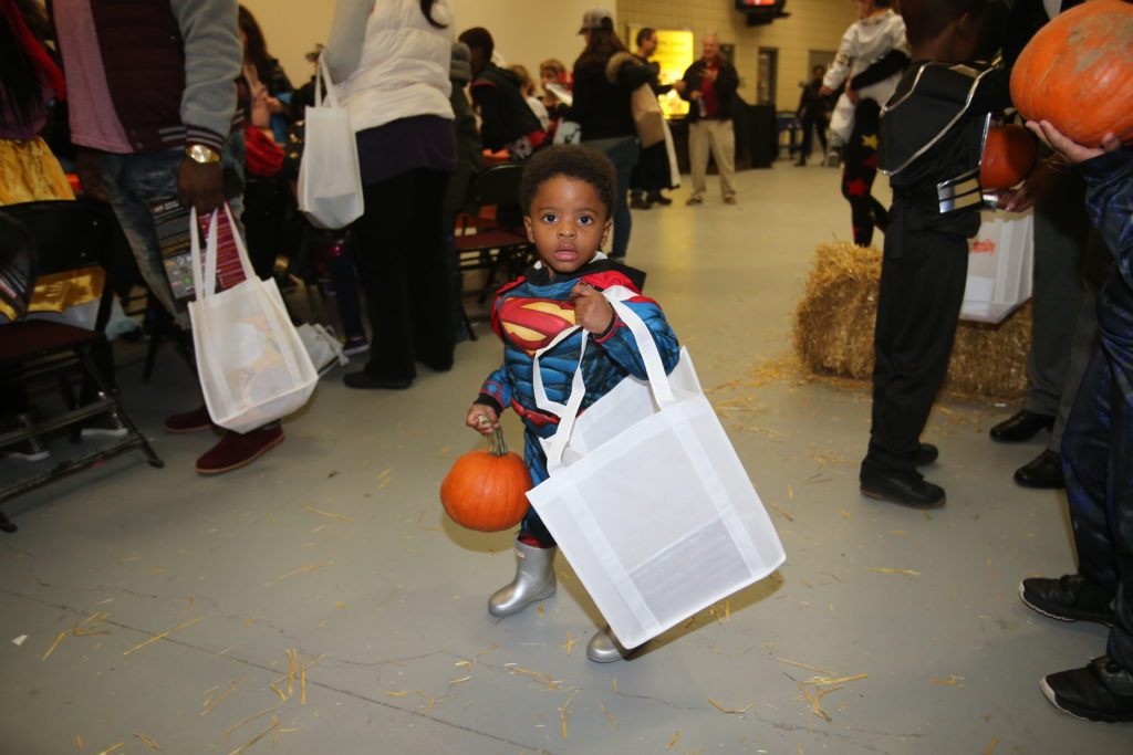 10-29-18 Trick or Treat-153