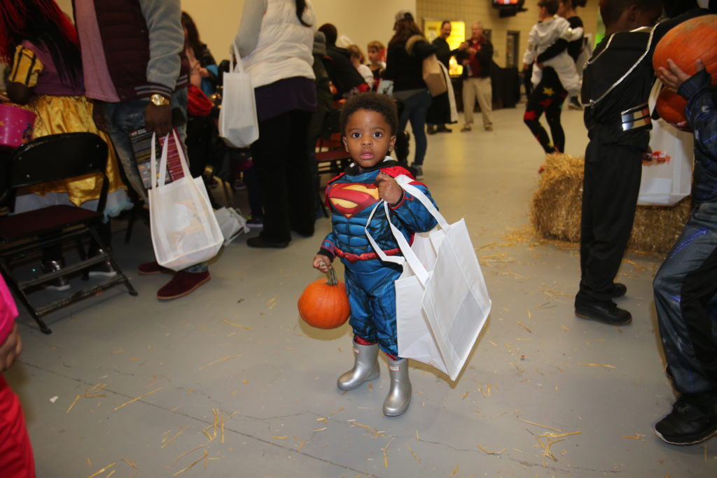 10-29-18 Trick or Treat-155