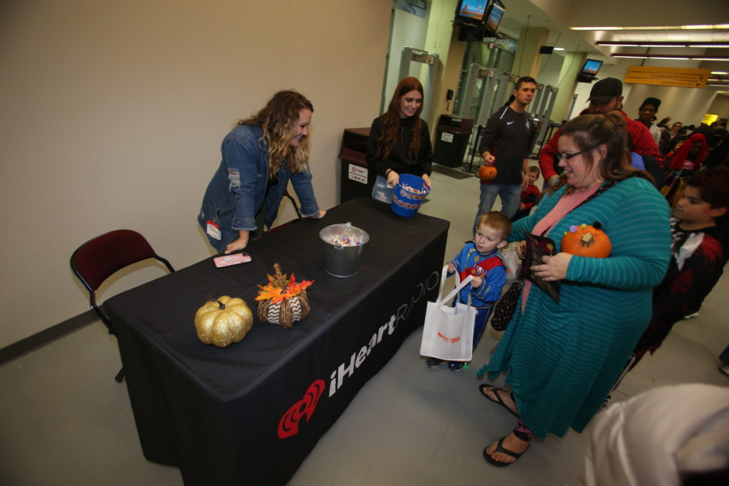 10-29-18 Trick or Treat-165
