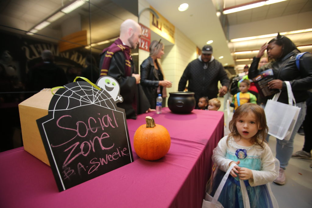 10-29-18 Trick or Treat-175