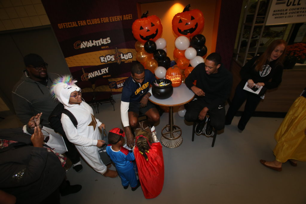 10-29-18 Trick or Treat-65