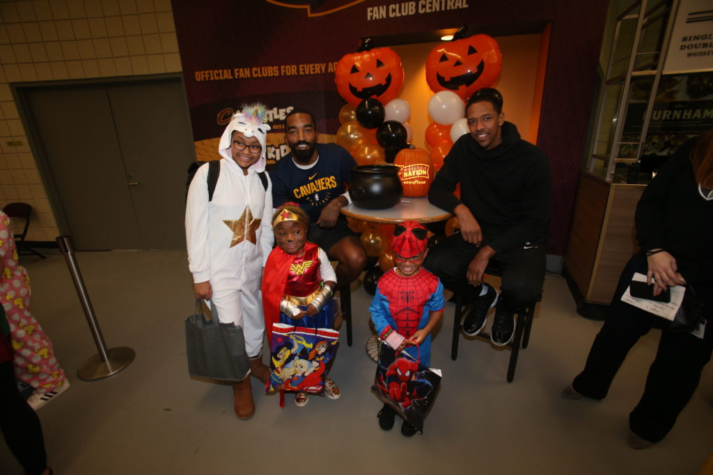 10-29-18 Trick or Treat-71